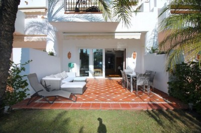 802733 - Townhouse For sale in Costalita, Estepona, Málaga, Spain