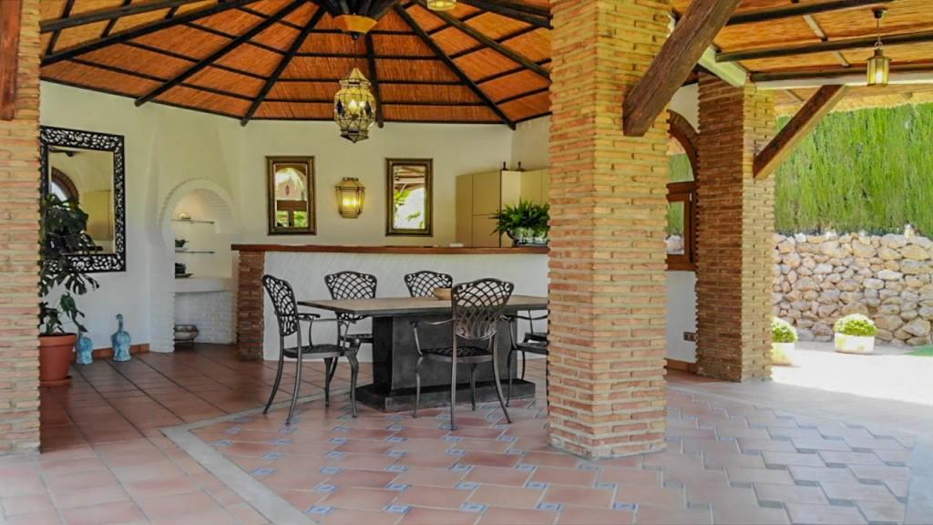 outdoor kitchen2