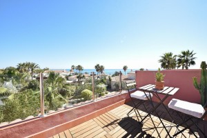 724528 - Townhouse For sale in Marbella East, Marbella, Málaga, Spain