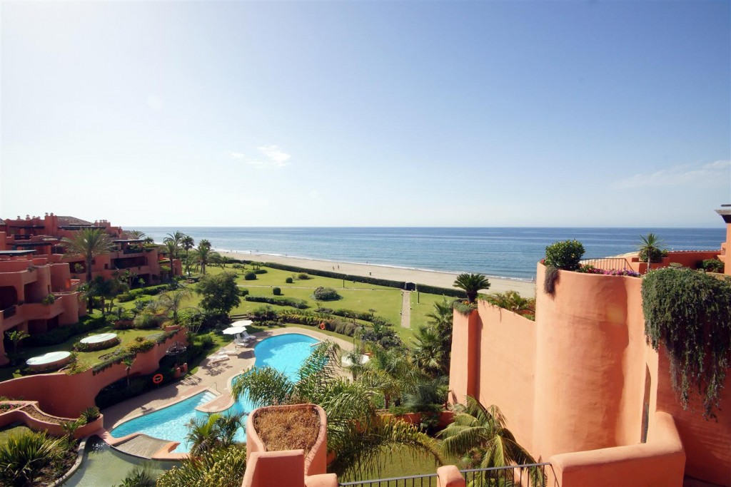 Apartment for sale in Marbella East, Marbella, Málaga ...