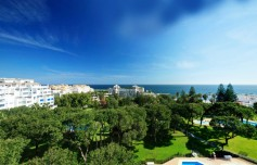 699700 - Duplex Penthouse for sale in Puerto Banús, Marbella, Málaga, Spain