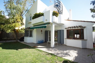 783074 - Villa For sale in Atalaya, Estepona, Málaga, Spain