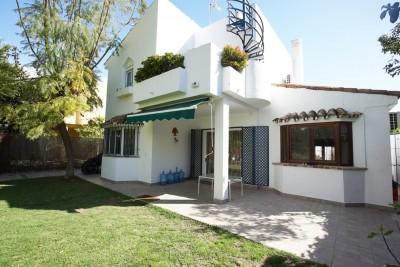 783074 - Villa For sale in Atalaya, Estepona, Málaga, Spain