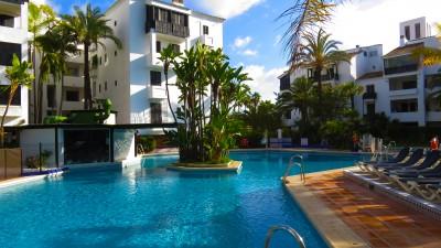 783062 - Appartement for sale in Elviria Playa, Marbella, Málaga, Spanje
