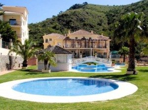 719841 - Hotel **** For sale in Benahavís, Málaga, Spain