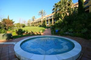Apartment Sprzedaż Nieruchomości w Hiszpanii in Bahía de Marbella, Marbella, Málaga, Hiszpania