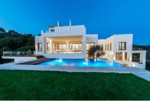753442 - Villa For sale in Los Monteros Alto, Marbella, Málaga, Spain