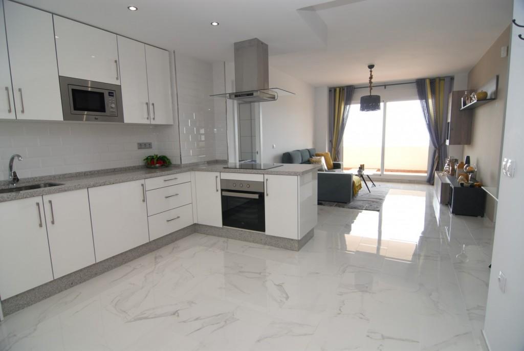 Calahonda,Calahonda,Malaga,2 Bedrooms Bedrooms,2 BathroomsBathrooms,Apartment,BOMAAP6226