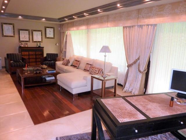 master bedroom detail2