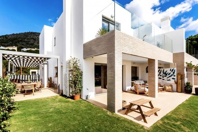 Doppelhaushälfte zu verkaufen auf El Higueron, Benalmádena, Málaga, Spanien