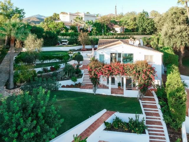 Villa Sprzedaż Nieruchomości w Hiszpanii in El Rosario, Marbella, Málaga, Hiszpania