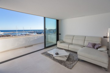 779057 - Atico - Penthouse for sale in Puerto Banús, Marbella, Málaga, Spain
