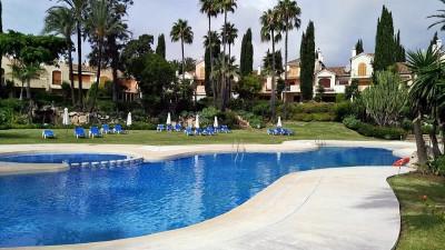 779862 - Apartment For sale in New Golden Mile, Estepona, Málaga, Spain