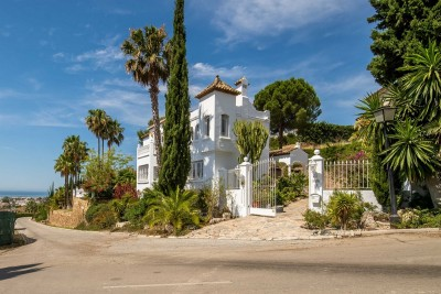 780188 - Detached Villa For sale in El Paraiso Alto, Estepona, Málaga, Spain