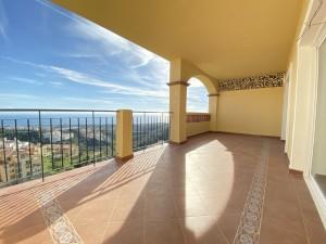 Apartment for sale in Calahonda, Mijas, Málaga, Spain