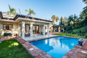 790622 - Villa for sale in Paraiso Bajo, Estepona, Málaga, Spain