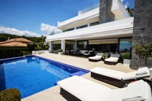 Detached Villa for sale in Nagüeles, Marbella, Málaga, Spain