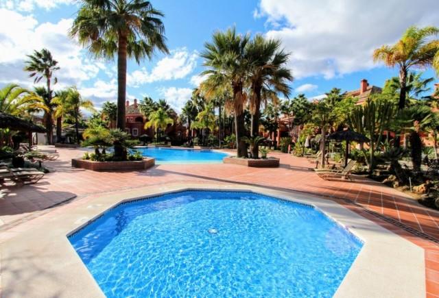 Wohnung zu verkaufen auf Nueva Andalucía, Marbella, Málaga, Spanien