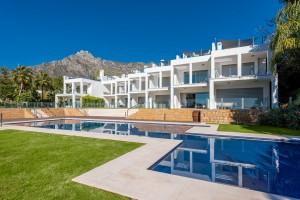 800817 - Townhouse for sale in Sierra Blanca, Marbella, Málaga, Spain