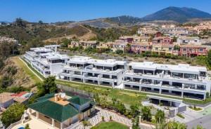 801105 - Apartment for sale in Azahara, Marbella, Málaga, Spain