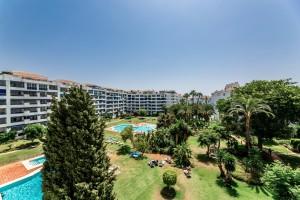 801153 - Apartment for sale in Jardines del Puerto, Marbella, Málaga, Spain