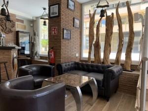 803340 - Cafe/Bar for sale in Marbella, Málaga, Spain