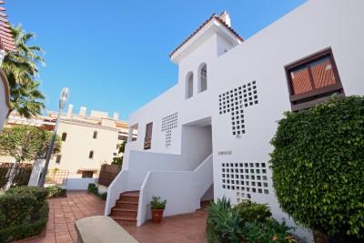 804490 - Apartment For sale in Nueva Andalucía, Marbella, Málaga, Spain