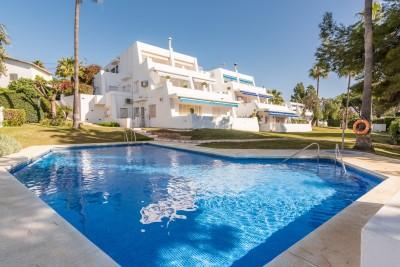 805451 - Apartment For sale in Nueva Andalucía, Marbella, Málaga, Spain