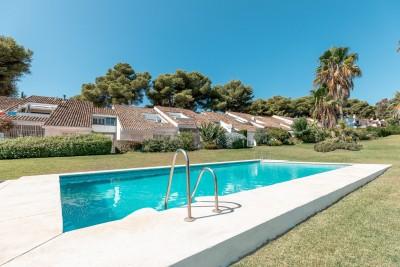 805657 - Apartment For sale in Nueva Andalucía, Marbella, Málaga, Spain