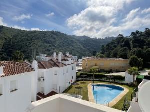 817410 - Apartment For sale in Benahavís, Málaga, Spain