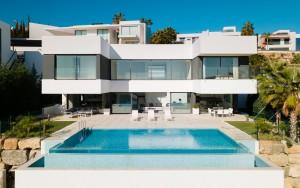 820500 - Villa for sale in La Alquería, Benahavís, Málaga, Spain