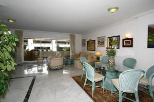 Luxury apartment for sale in Tembo, Puerto Banus