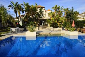 626811 - Villa for rent in Las Chapas, Marbella, Málaga, Spain