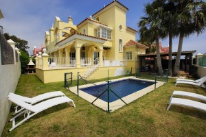 Villa for sale in La Pepina, Marbella, Málaga, Spain