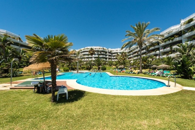Playa Esmeralda, Golden Mile, Marbella