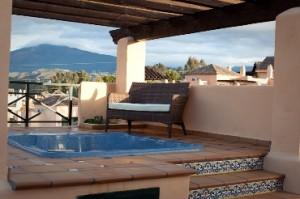 Penthouse Sprzedaż Nieruchomości w Hiszpanii in Estepona Playa, Estepona, Málaga, Hiszpania