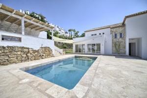 Villa Marbella Country Club in Nueva Andalucia FOR SALE