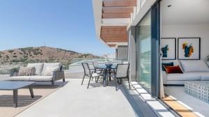 Nieruchomości w Maladze - El Limonar - Sprzedaż Nieruchomości w W Hiszpanii - Costa Del Sol