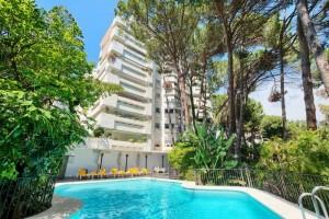 Jardines del Mediterraneo - beachside apartment for  sale marbella - Frontline Beach Apartment for sale in Jardines del Mediterráneo