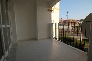 Apartament do sprzedania w Benalmadenie na Costa Del Sol z przejecia bankowego ze 100% finasowania , 3 sypialnie, łazienka, taras