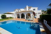 Villa for sale in Sitio de Calahonda