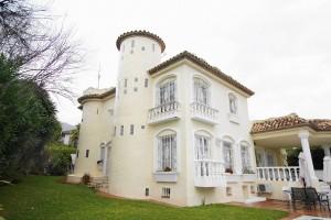 Villa for sale in Nagüeles, Marbella, Málaga, Spain