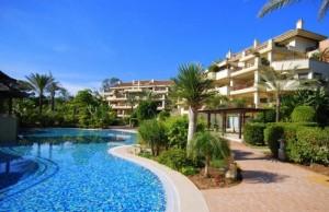 Apartment Duplex for rent in Laguna de Banús, Marbella, Málaga