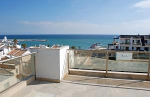 beachside new development for sale - Manilva - Estepona -  Front line beach apartment !