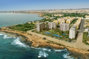 Sea front apartments for sale on the Punta Prima Beach, Torrevieja (Alicante), Costa Blanca. Only 1 hour from Alicante Airport.
