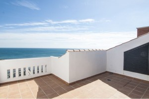 NEWLY CONSTRUCTED PENTHOUSE APARTMENTS 150M FROM THE BEACH