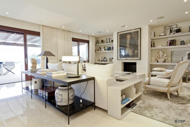 8_Living area