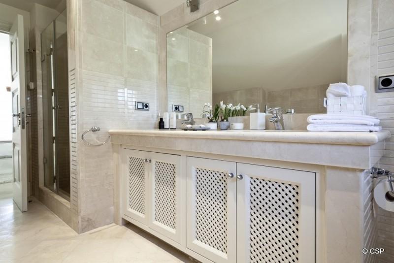 34_Bathroom 3