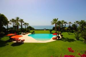 653897 - Villa For sale in El Paraiso Bajo, Estepona, Málaga, Spain