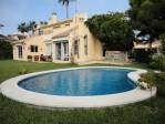 678170 - Villa for sale in El Pilar, Estepona, Málaga, Spain